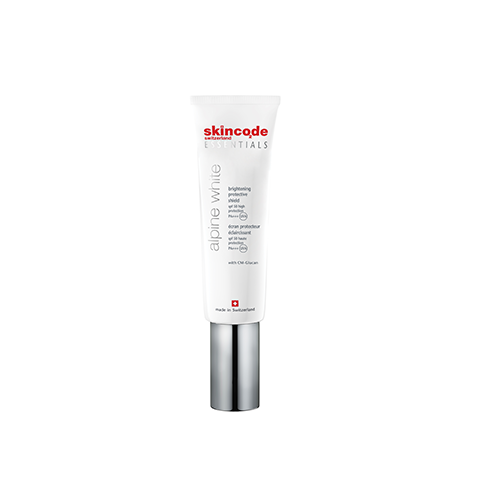 Brightening protective shield spf50/pa +++